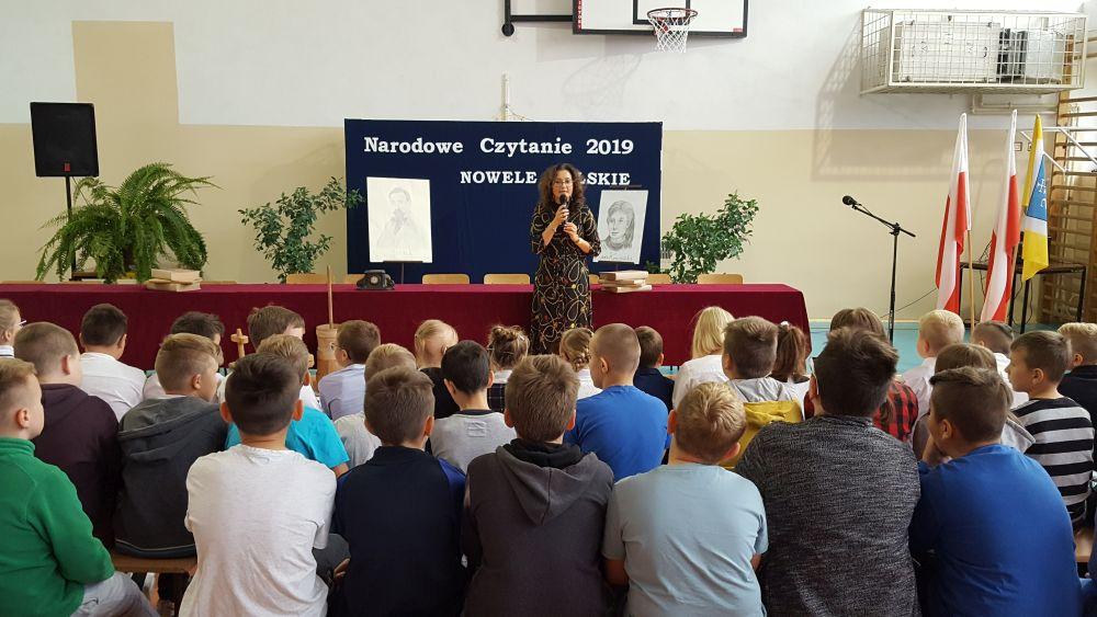 """Narodowe Czytanie 2019 w naszej szkole pod hasłem """"Nowele polskie"""""""